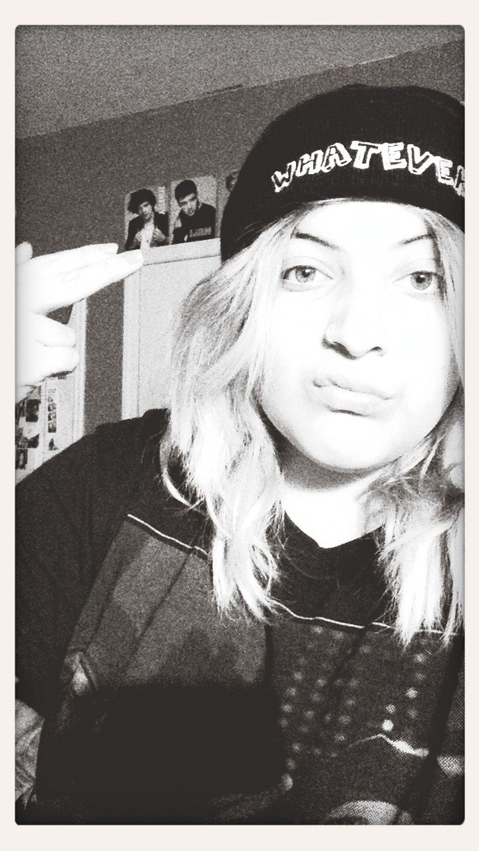 Night Whateverrr  Selfie