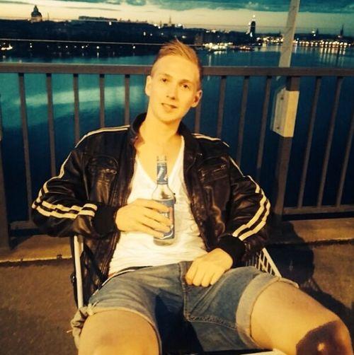 Kik me at: Aa.lexx Hanging Out Enjoying Life That's Me Relaxing Stockholm Kik Kikme Snapchat Sweden