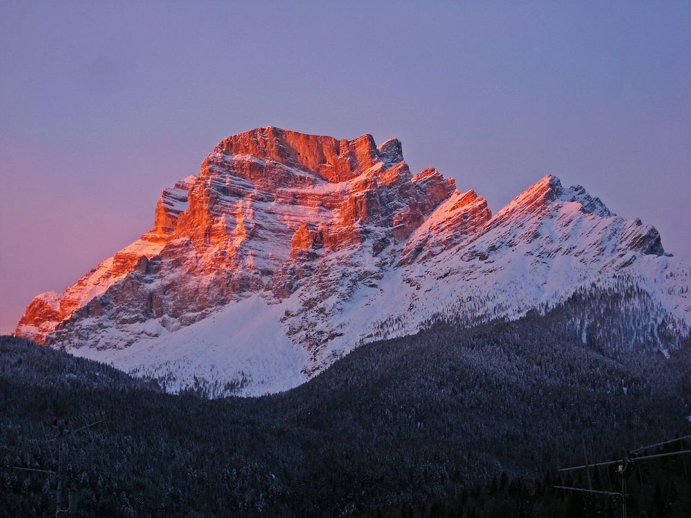 caregon de dio Mountain Snow Landscape No People Science Nature Outdoors Sky Day Dawn Sunset Power Of Nature Red Relaxing Relax Scenery Dolomites Dolomiti Unesco Pelmo Exploration Beautiful Colors Light Roofs Miles Away Millennial Pink The Great Outdoors - 2017 EyeEm Awards