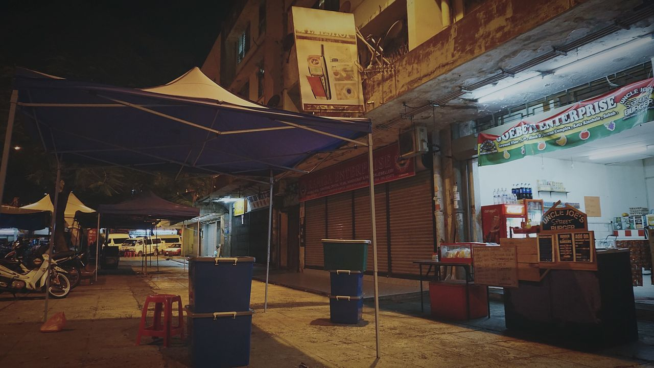 Restaurant Night Nightlife City Built Structure Cultures Business Finance And Industry Street City Life EyEmNewHere Kota Kinabalu Sony A6000 Vintage Photography Retrostyle Light And Shadow Sabah Malaysia Night Photography Street Light