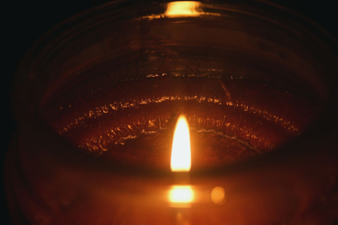 Flame. 'Candle Series' Taking Photos Relaxing Candlelight Vscocam EyeEm Randomshot Bright Scented Candle