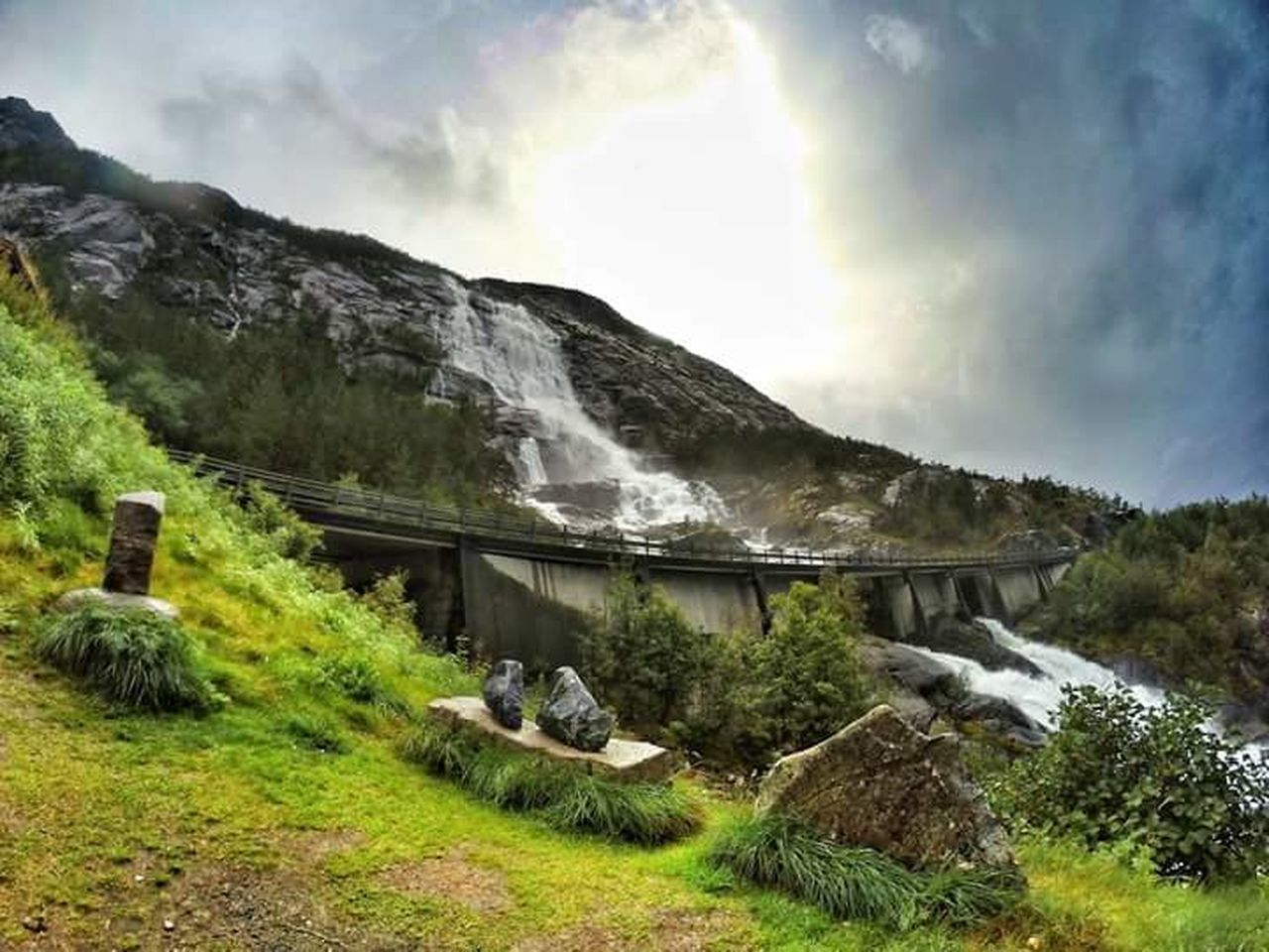 Langfoss Norway Norwaynature Norge Norgefoto Beauty In Nature Nature Geology Green Color Scenics Landscape Outdoors Waterfall Etne Follow4follow Travel Destinations Goproworld Goprotravel Eyemphotography Travel Photography Aroundtheworld Goprophotography NorwayTourism Beauty In Nature Tourism