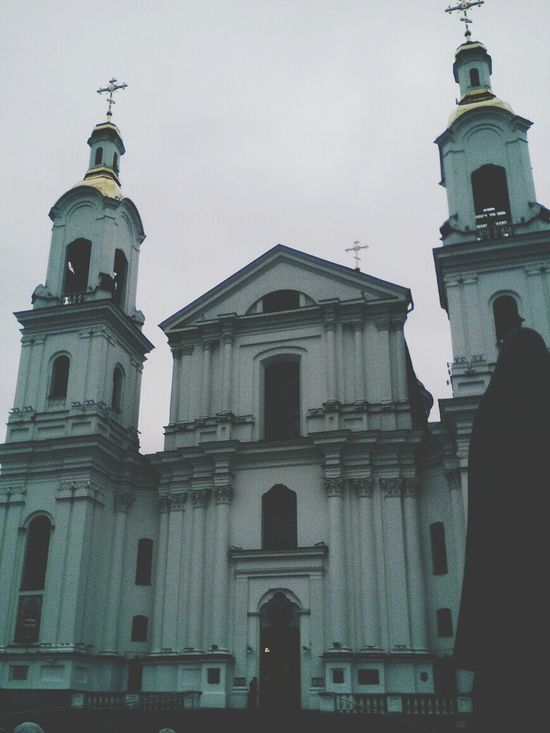 Façade First Eyeem Photo облака Cross Place Of Worship Building Exterior Nice Day природабелоруси NOthIng Modern Photoshop Nature No People People Sun Architecture Clock Face Free One Person Sky Sunshine Outdoors Travel Destinations Low Angle View Sky And Clouds