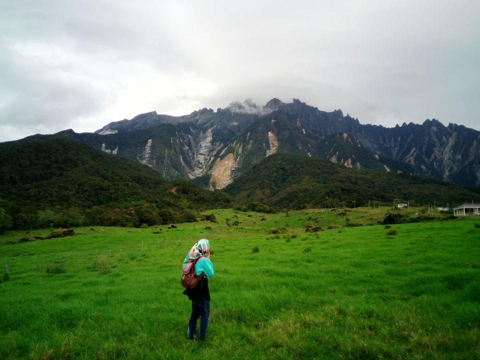 Beauty In Nature Nature Hiking Two People Mountain Outdoors Healthy Lifestyle Adults Only Grass People Full Length EyeEm Gallery Vacations EyeEmNewHere Tree Grass Freshness EyeEm Nature Lover Landscape Adult Day Sky Only Men @team