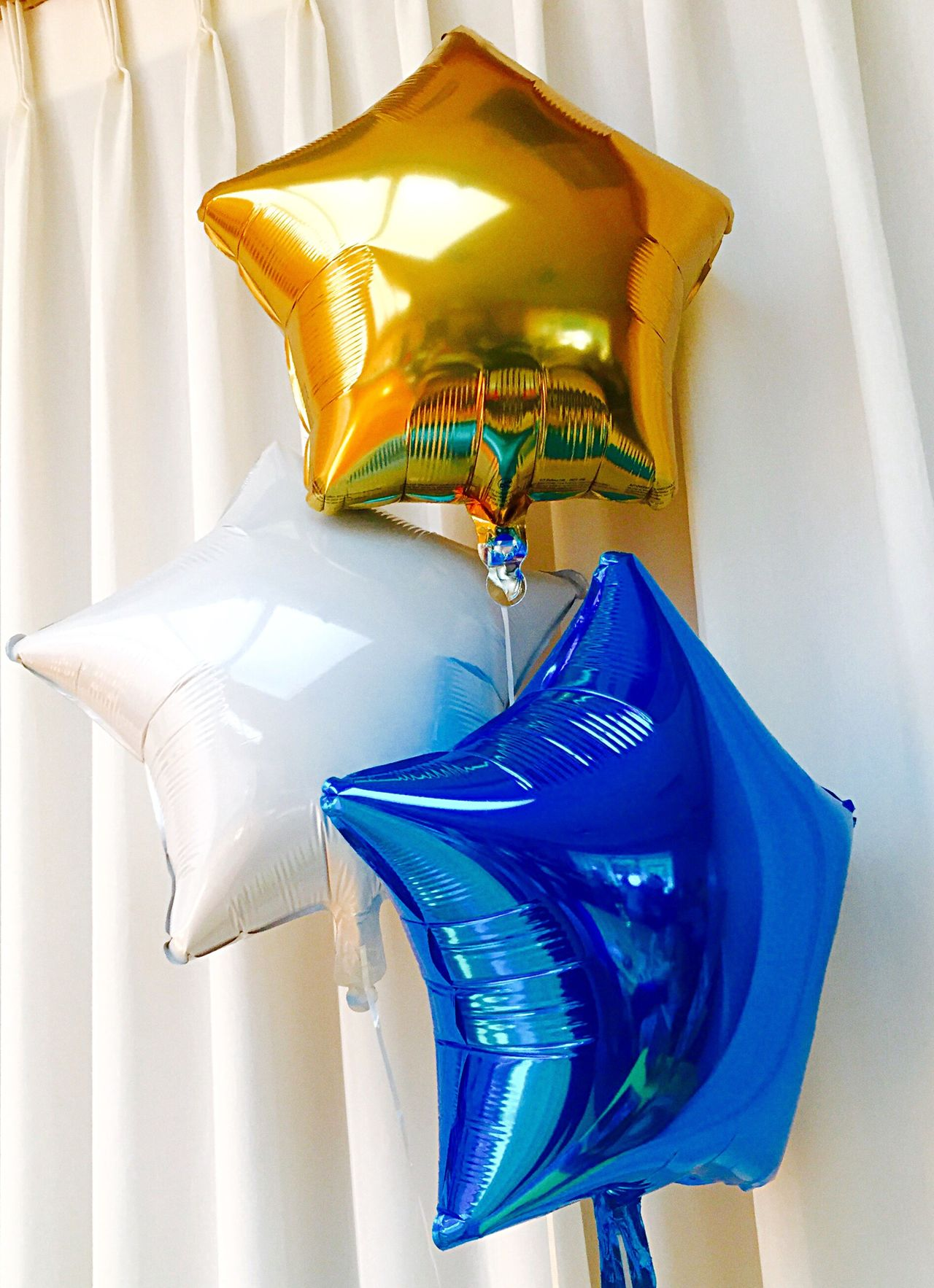 Beautiful stock photos of abschluss, Balloon, Blue, Close-Up, Curtain