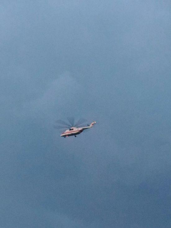 Вертолет Elicottero Helicopter śmigłowiec небо Cielo Sky Niebo