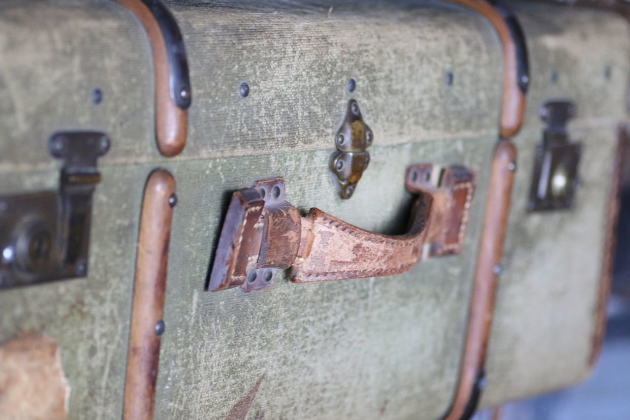 Antique Carry On Close-up Indoors  Journey Luggage No People Old Fashioned Suitcase Traveling