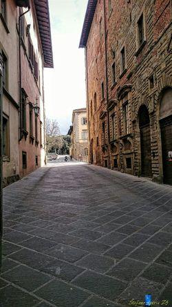 Z3 Xperia Old Town Urbanphotography Storic Via Ricasoli Arezzo Italy🇮🇹 The Street Photographer - 2016 EyeEm Awards Urban Photography Arezzox