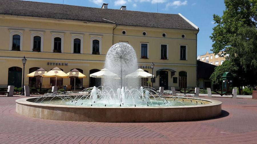 Springbrunnen im Zentrum von Mako ( Ungarn / Hungary / Magyarország ) First Eyeem Photo