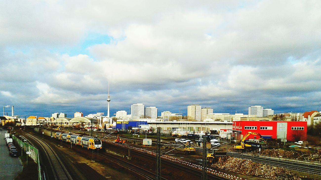 View of the Berlin City Skyline from the bridge over Warschauer Straße. Warschauerstrasse Sightseeing Warschauerbrücke Skyline Winter