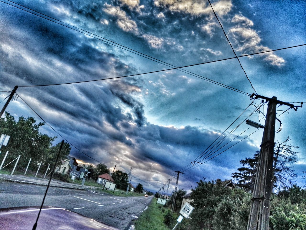 Cloud and sky, sunshine, road