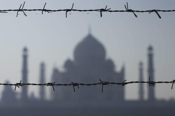 Taj Mahal 7 Wonders Of The World Agra - India India Monuments North India Taj Mahal Fence Protection Razor Wire EyeEmNewHere The Week On EyeEm
