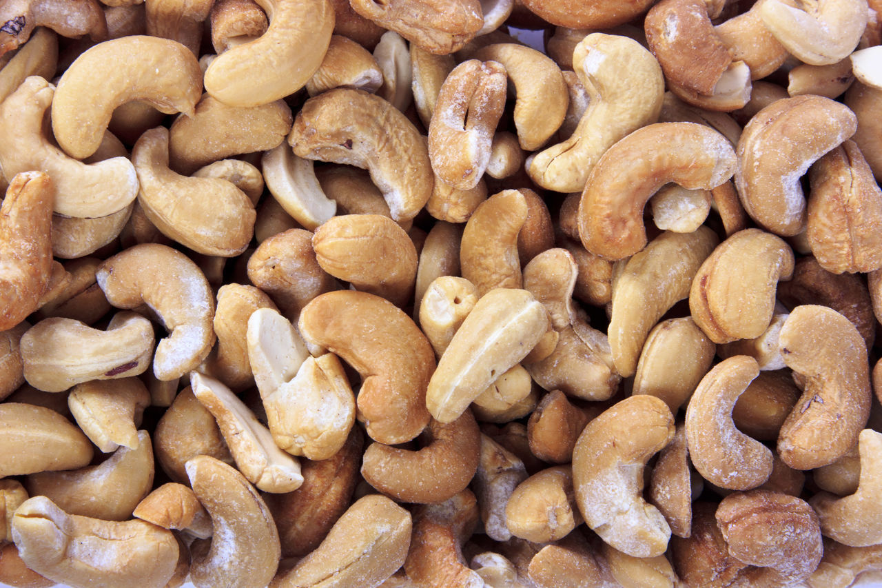 Abundance Backgrounds Brown Cashew Cashew Fruit Cashew Nuts Cashewnut Cashewnuts Cashews Close-up Detail Food Freshness Full Frame Heap Large Group Of Objects No People Still Life