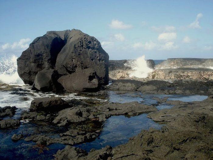 The KIOMI Collection Basalte Rocher Cotesauvage Reunion Island Sainte Rose Mer