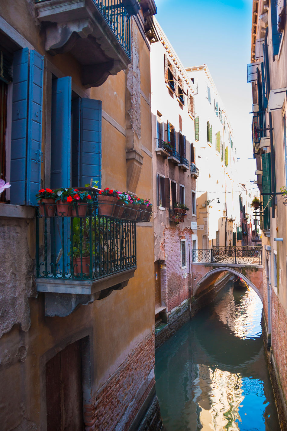 Architecture Balcony Building Exterior Built Structure City Day Italy No People Outdoors Sky Venice, Italy Water Window Box