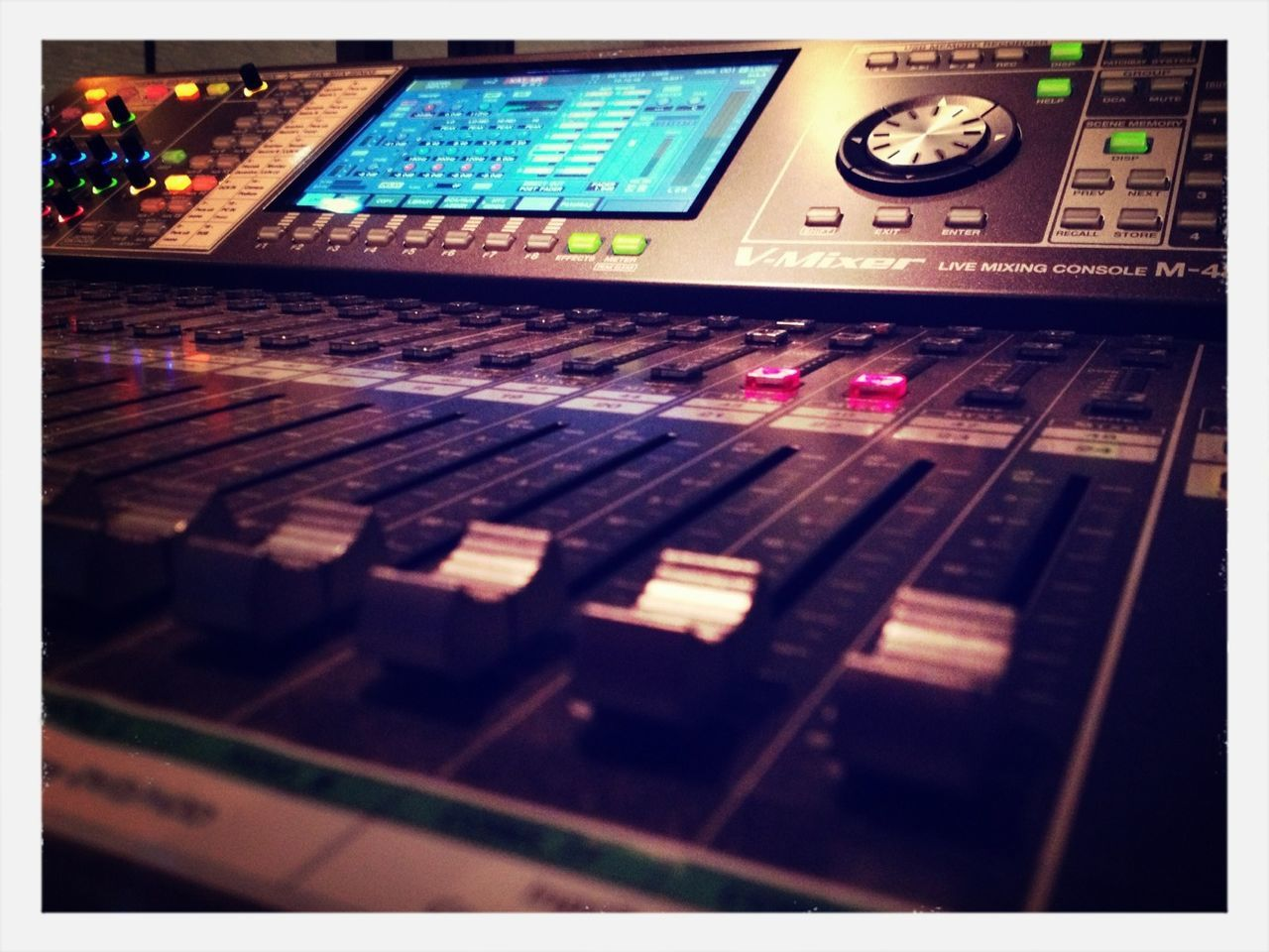 control, sound mixer, sound recording equipment, technology, music, control panel, recording studio, no people, close-up, mixing, indoors, day