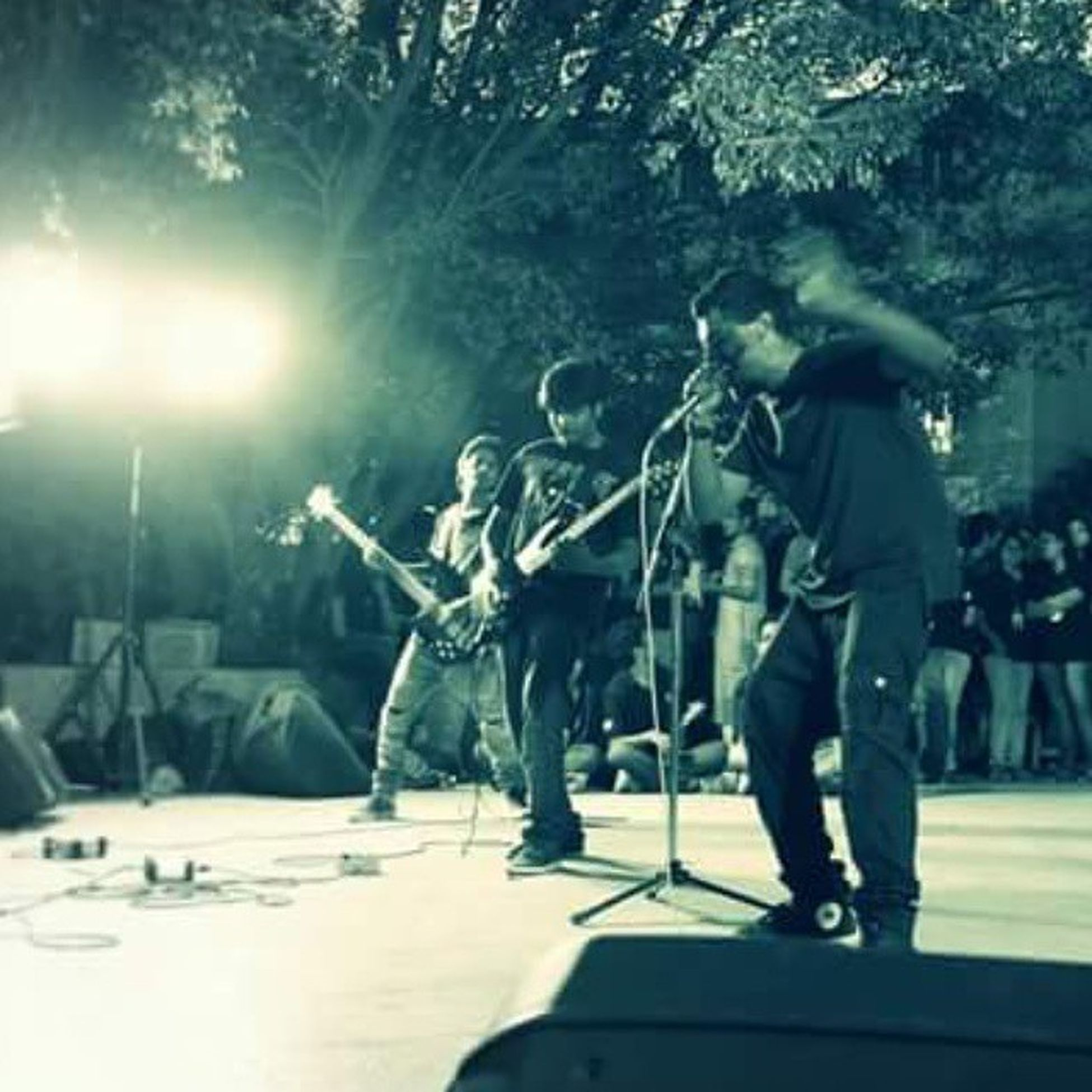 Gig Oda Tandav Witch Warwick cort monitor mic madness metal metalhead bharti vidhyapeeth