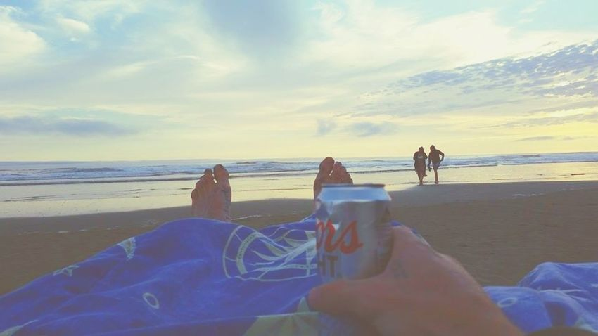 Oregon Coast Ocean View Beautiful View Mypointmfveiw Coldbeer Coorslight PNW At Its Finest OregonLove Pacific Northwest Beauty Pacific Ocean Viewpoint Memories ❤ Sand Vacations Outdoors Water Wave Horizon Over Water
