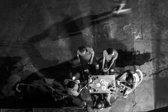 Capture The Moment Cardgame Streetphotography Street Poker
