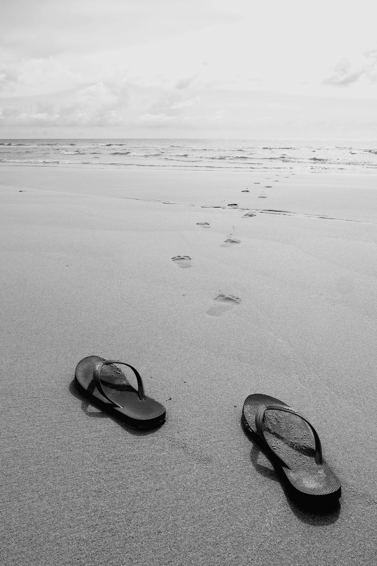 Flipflops Footprints Footstep Eyeem Collection EyeEm Vision EyeEm Filter Beach Sand Go Traveling Adventure Club
