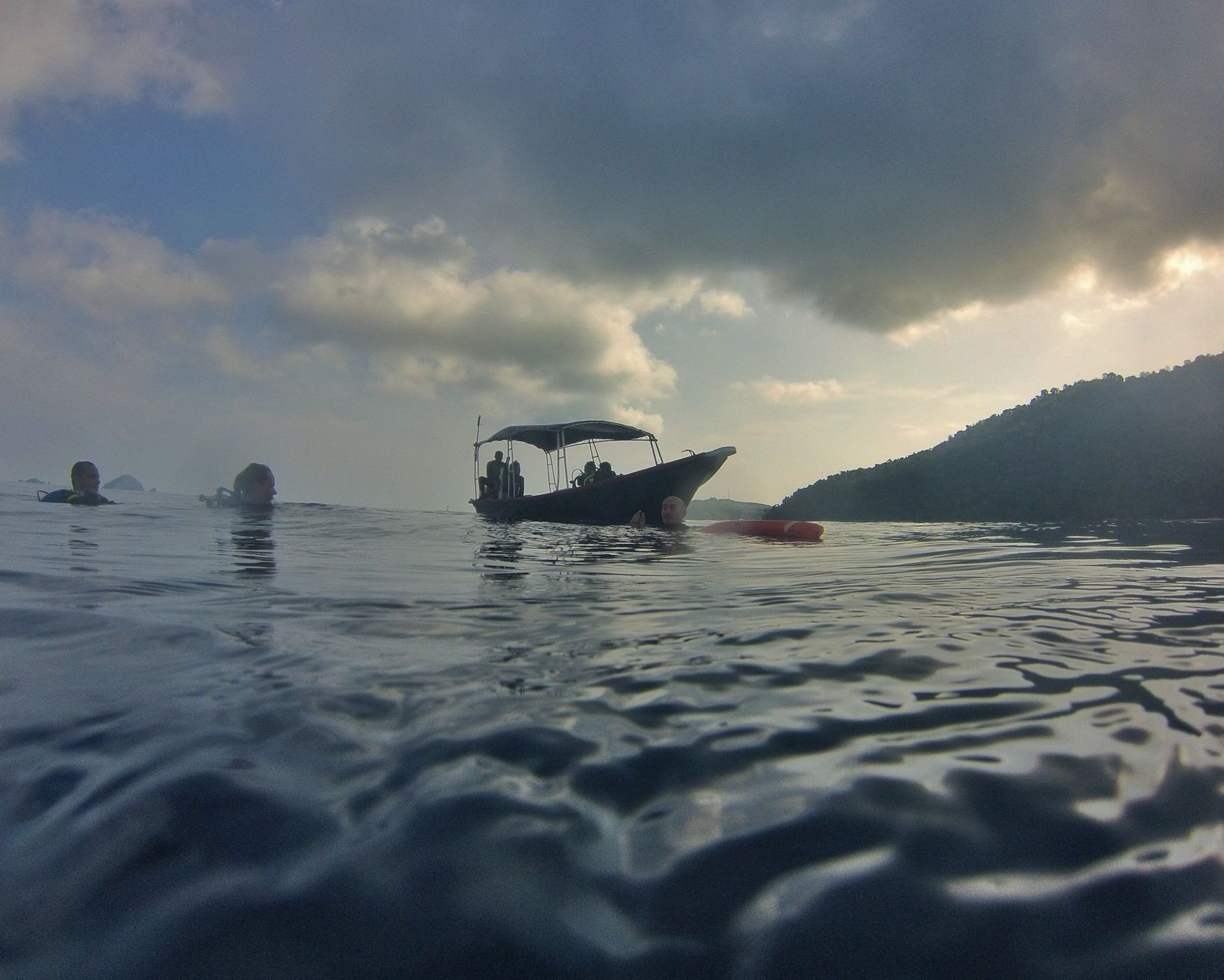 Save Haven for tired divers @ Turtle Bay Divers, pulau Perhentian