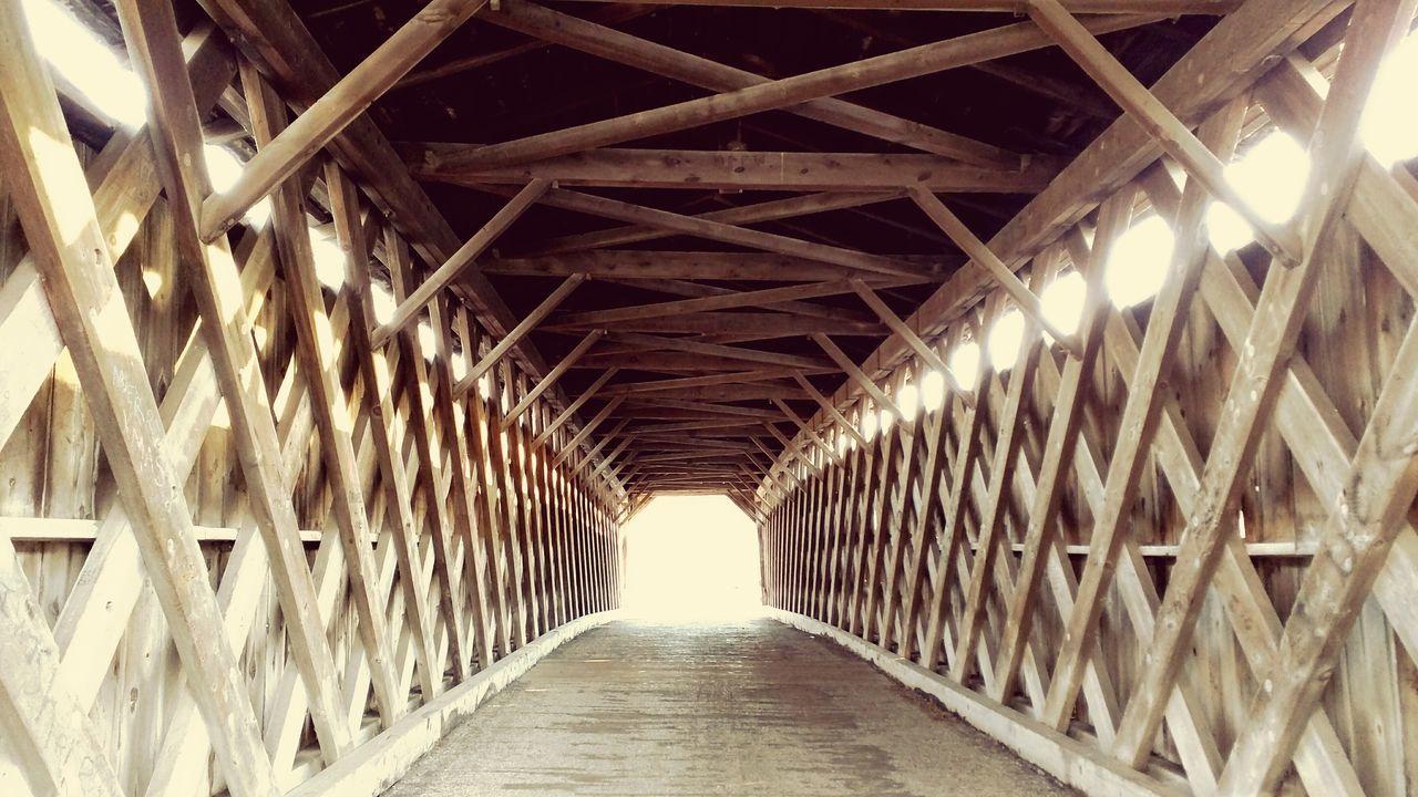 Covered Bridge Depth Of Field Bridge Historic Site Inside Things