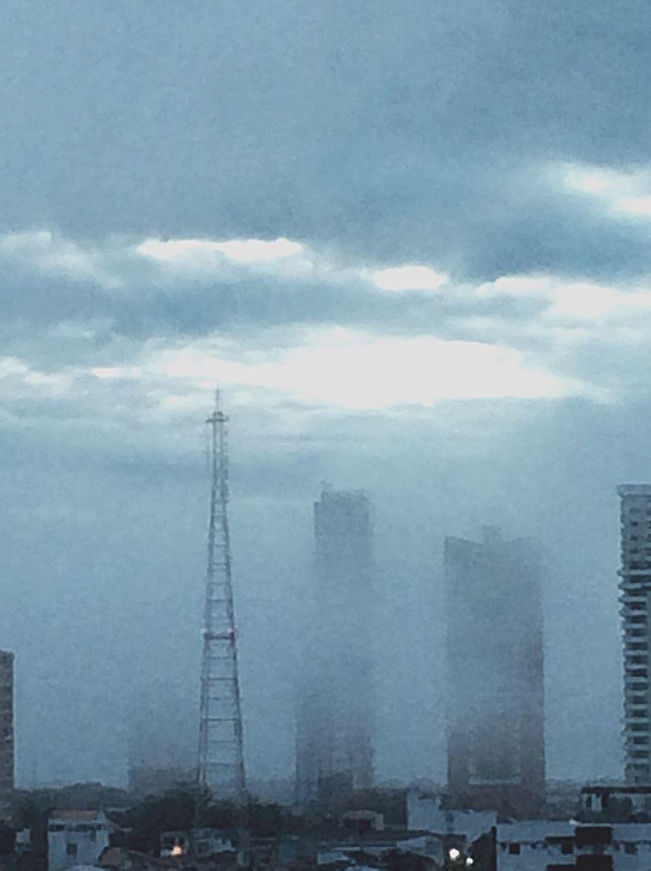 Morning Mist Architecture Built Structure Cloud - Sky Tower Mist Urban Skyline