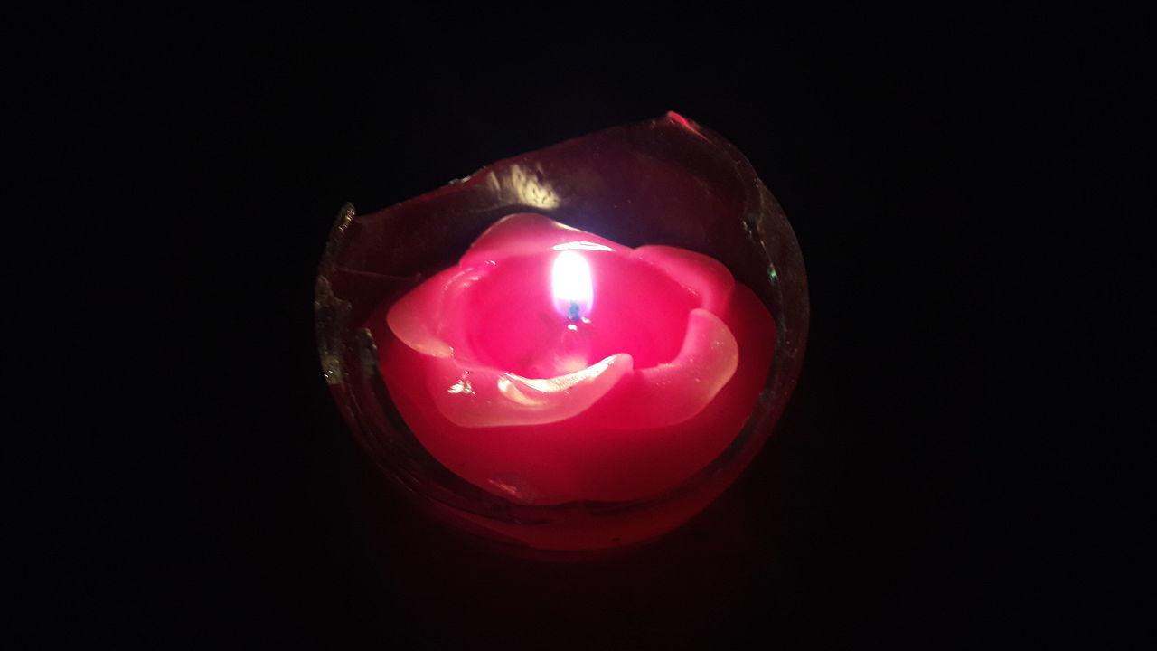 Sweet candle Candle Candles Candlelight Candle Light Candle Night Candle Collection Candles Of Faith Sweet Sweet Moments Sweet Things Sweet Treats  Romantic Romance Romance Night Romantic Dinner Romance ❤✨✨ Romantic❤ Light Light And Dark