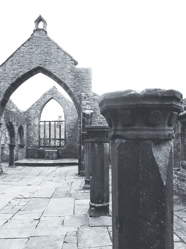 Pillar Stones Windows Ruins Things I Like Enjoying Life Church Ruin Graveyard Beauty Monochrome Frame It Lined Up Old Buildings Architecture Architectural Detail Architecture_bw Churchyard Churchporn Churches Church Ruins Yorkshire Heptonstall Black And White Stone Black And White Architecture Black & White