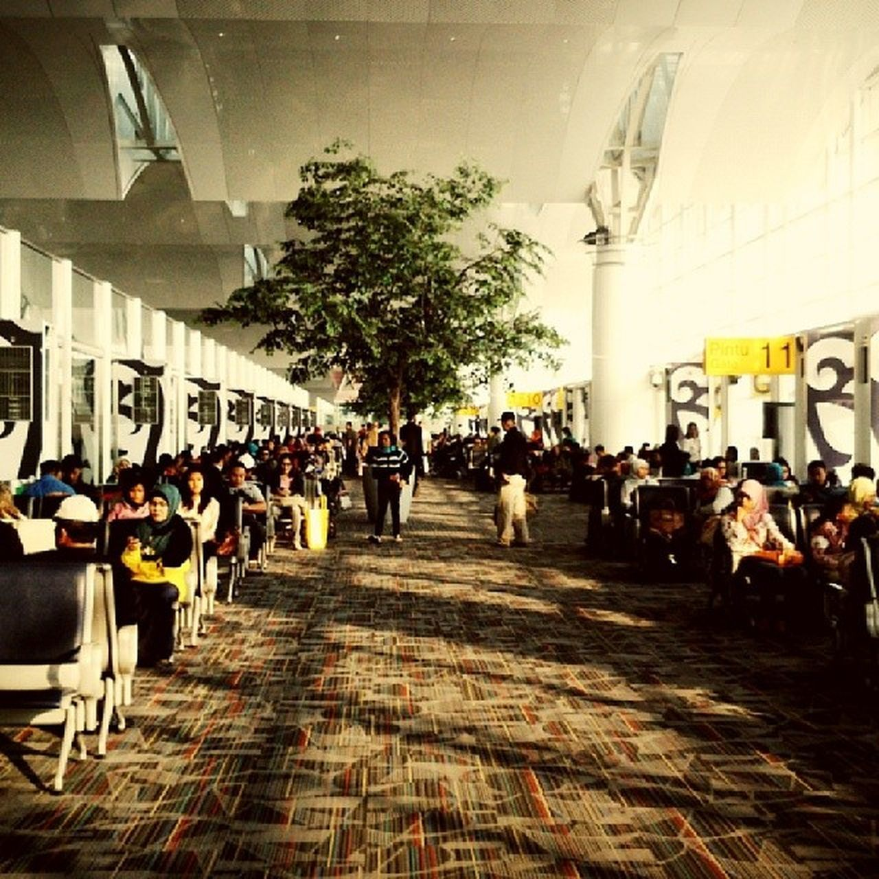 Airport Terminal Morning People Hectic Crowdy Kualanamu Medan Sony Xperiap