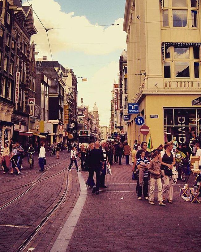 Amsterdam Igrecommend Instagood Centre Canal Gramthedam Gottalove_a_ Neverstopexploring  Rsa_water Rsa_trees Rsa_streetview Rsa_photo_of_the_day Rsa_light Jj_architecture Jj_daily Jj_creative