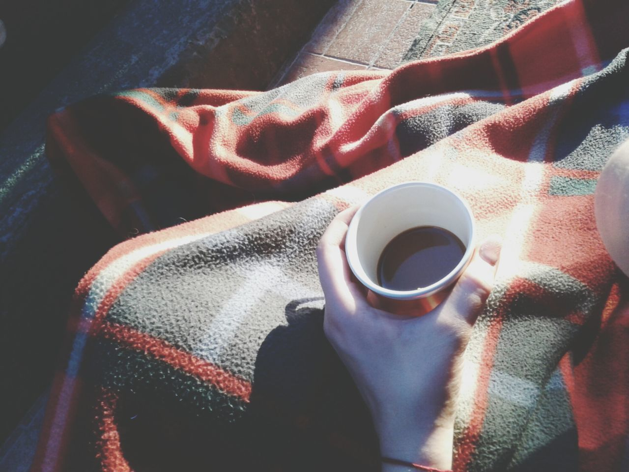 Chilling time on my terasse with my sis! Nescafe Chilling Blanket Sun