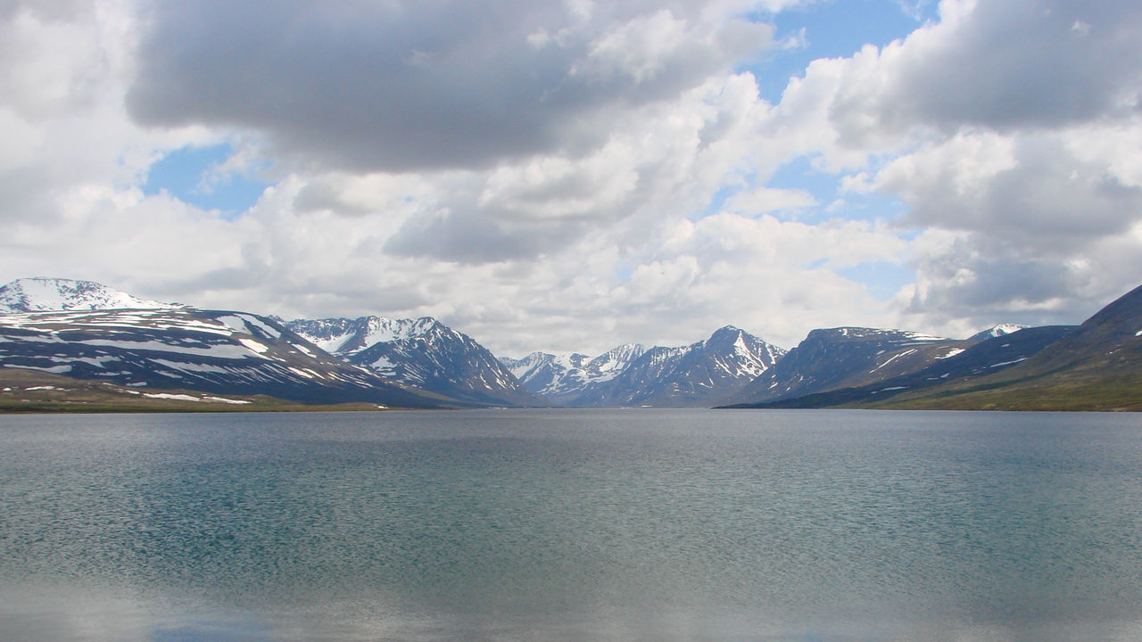 air water mountiains. Alaska Beauty In Nature Cloud Hill Horizon Over Land Idyllic Katmai National Park Landscape Majestic Mountain Mountain Range Nature Non-urban Scene Outdoors Physical Geography Remote Scenics Tranquil Scene Tranquility Valley