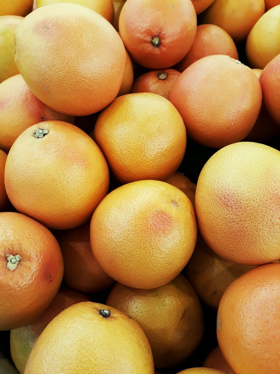fruit, healthy eating, food and drink, freshness, retail, food, abundance, market, large group of objects, full frame, for sale, backgrounds, citrus fruit, market stall, consumerism, no people, farmer market, close-up, day, healthy lifestyle, outdoors, supermarket