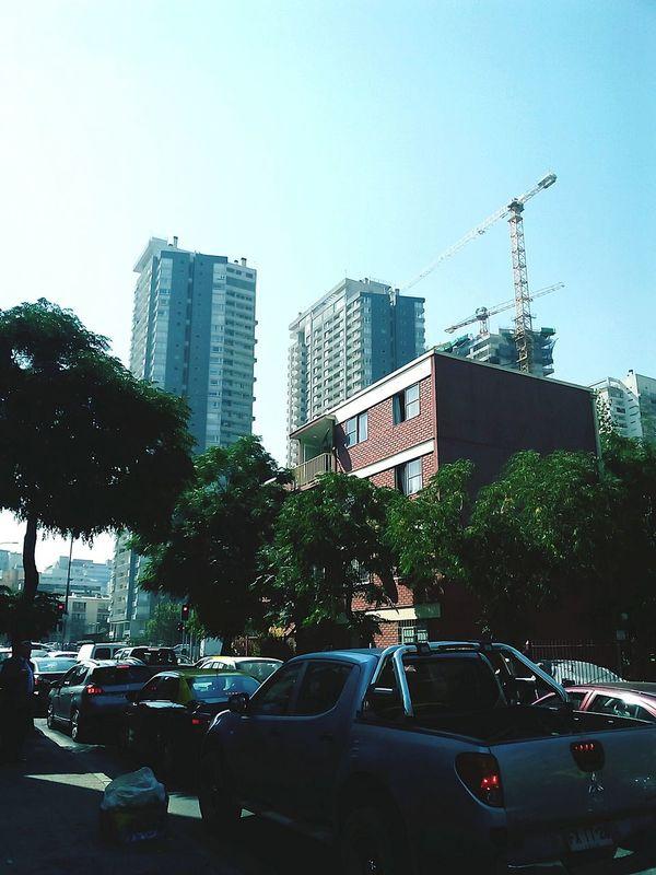 Agustinas esquina Manuel Rodriguez Santiagoapie High Contrast las torres se comen la ciudad , pronto ya no habra cielo que mirar