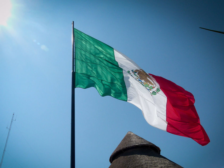 Beautiful stock photos of mexican flag, Blue, Built Structure, Clear Sky, Day