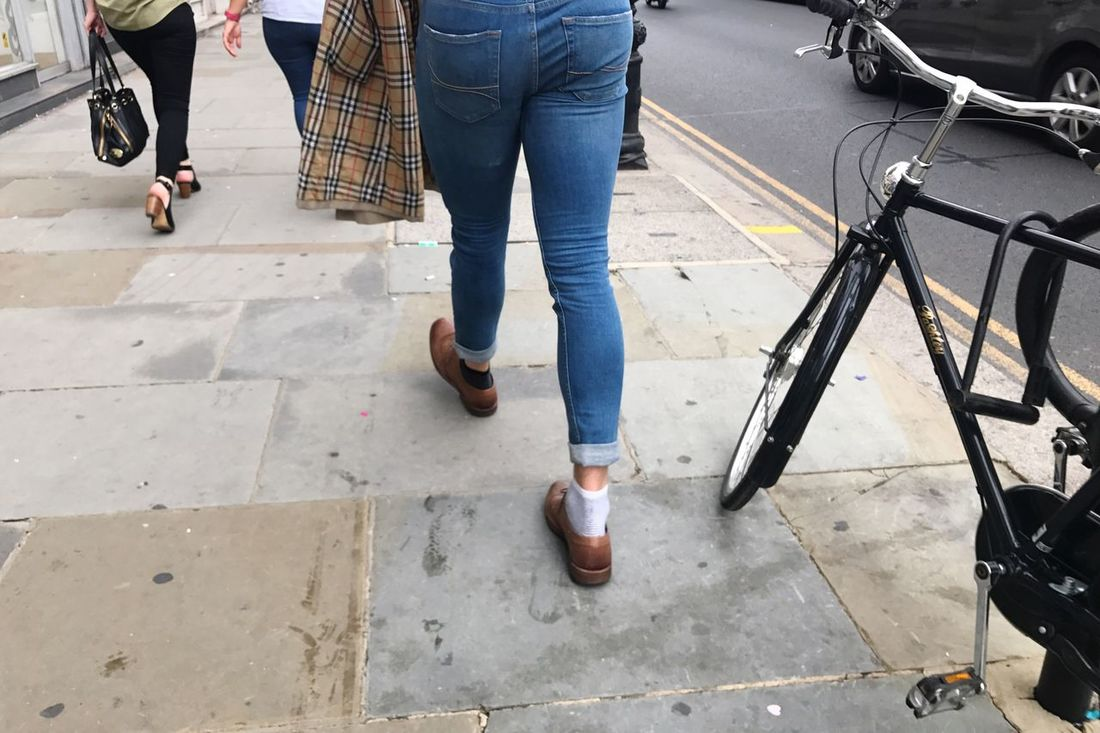 Low Section Human Leg Jeans Casual Clothing Lifestyles Real People Walking Men Human Body Part Shoe Day Women Leisure Activity Standing Outdoors One Person Adult City Musician People London Chelsea