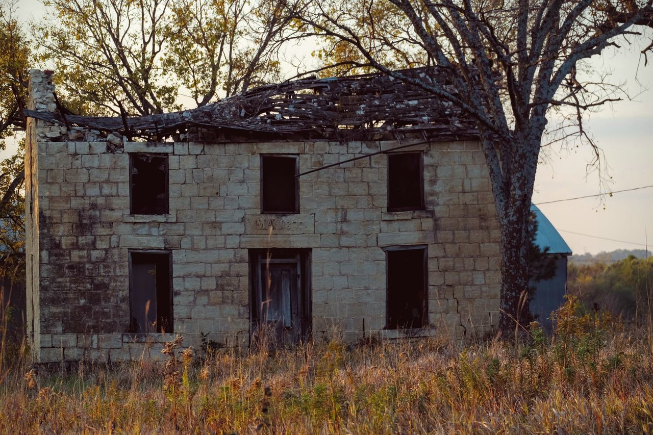 Photo essay - Marysville, Kansas October 15, 2016 A Day In The Life Abandoned America Architecture Autumn Building Exterior Built Structure Camera Work Color Photography Damaged Deterioration Discarded Eye4photography  EyeEm Gallery Fall Collection Kansas MidWest Obsolete October Photo Diary Photo Essay Photography Remote Visual Journal Weathered