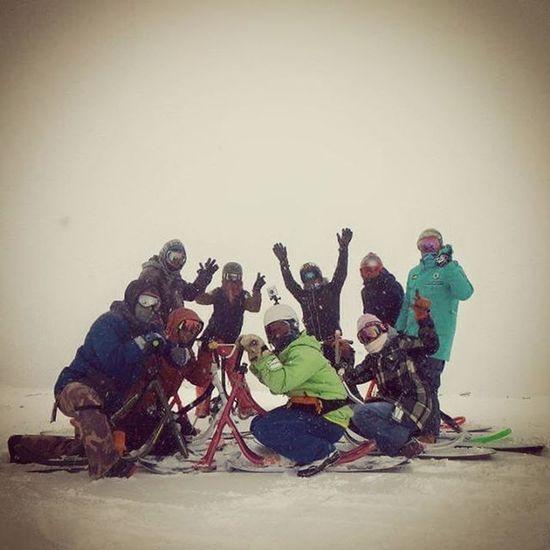 旭岳でパシャリ📷 視界が悪くて➖18℃の世界での ライディングは怖かったけどパウダーが最高でした(^ω^)🎵旭岳 スノースクート パウダースノー