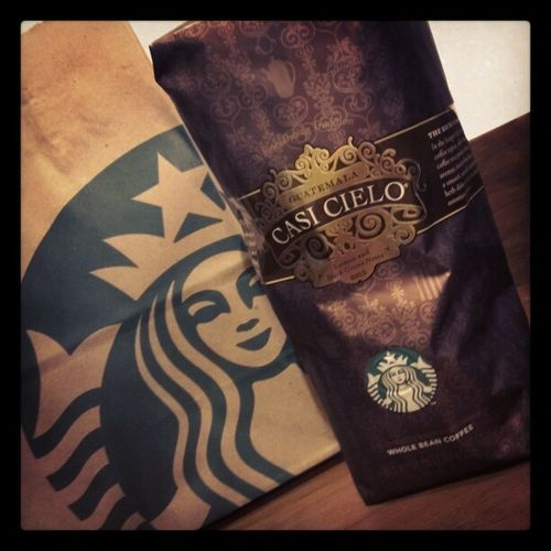"""So on a random day feeling """"off,"""" I decided to walk in to @Starbucks for a pick me up and read. One of my favorite baristas Melanie gave me her personal bag of the new Casicielo ! I'm so excited! Starbucks Littlethings"""