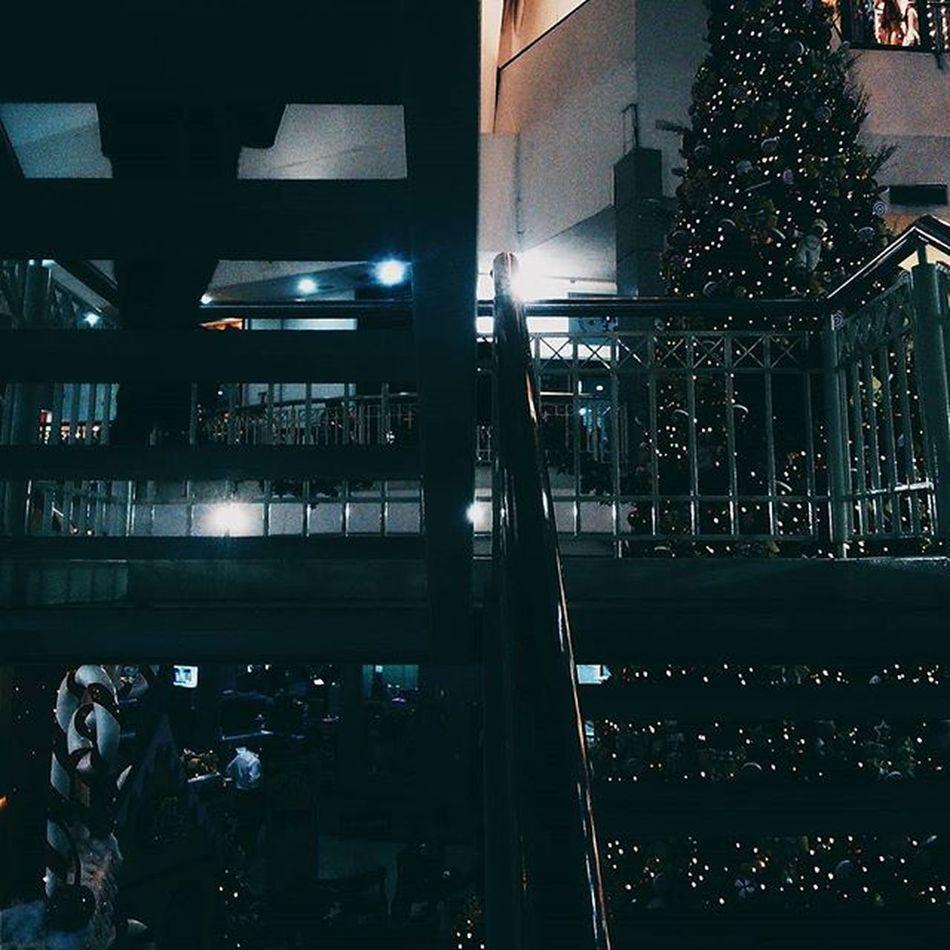 """""""Quando se vê, ja são seis horas! Quando se vê,ja é sexta-feira! Quando se vê,ja é natal..."""""""
