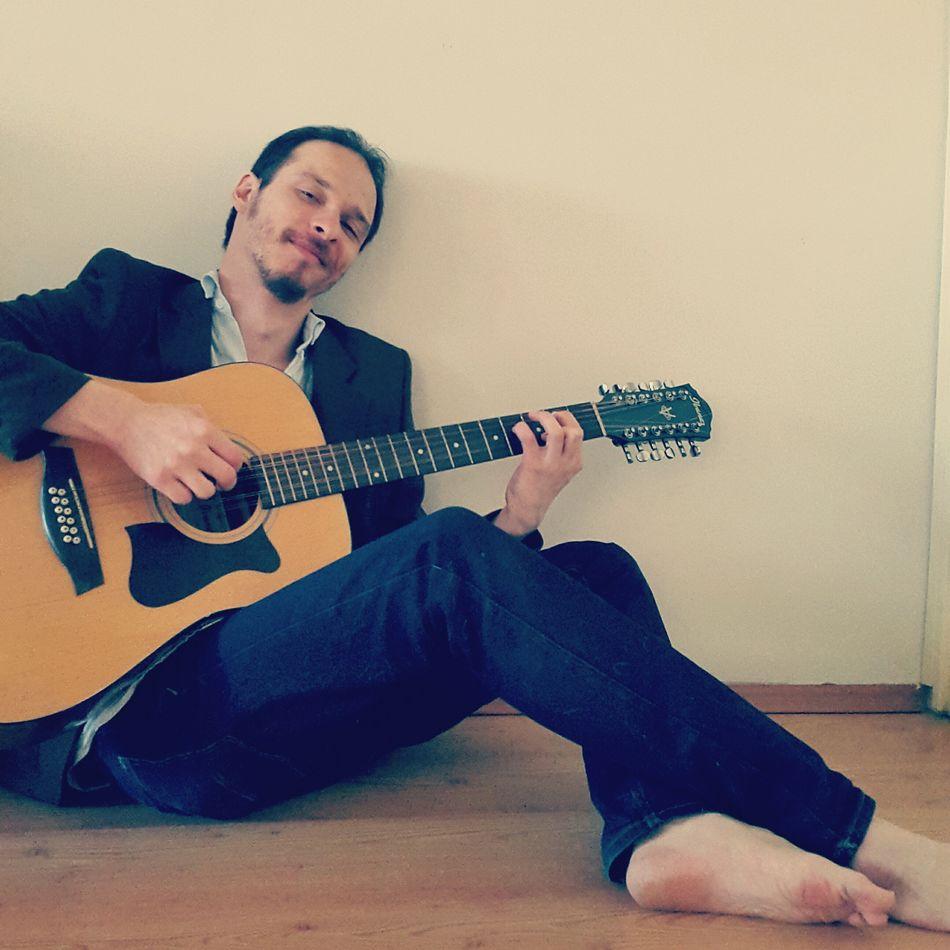 """To the valley below"" Bobdylan Bob Dylan Onemorecupofcoffee Selfportrait Self Portrait Memyself&ı Acoustic Guitar Acousticguitar"