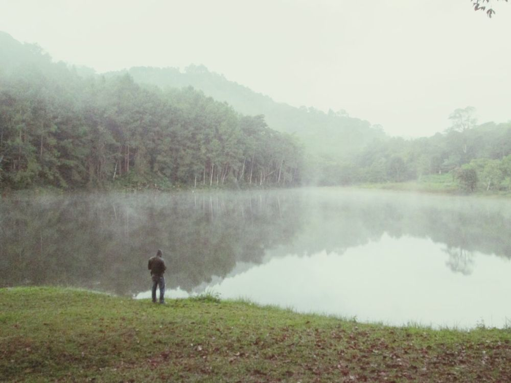 Magic in the Morning Nature Maehongson Lake