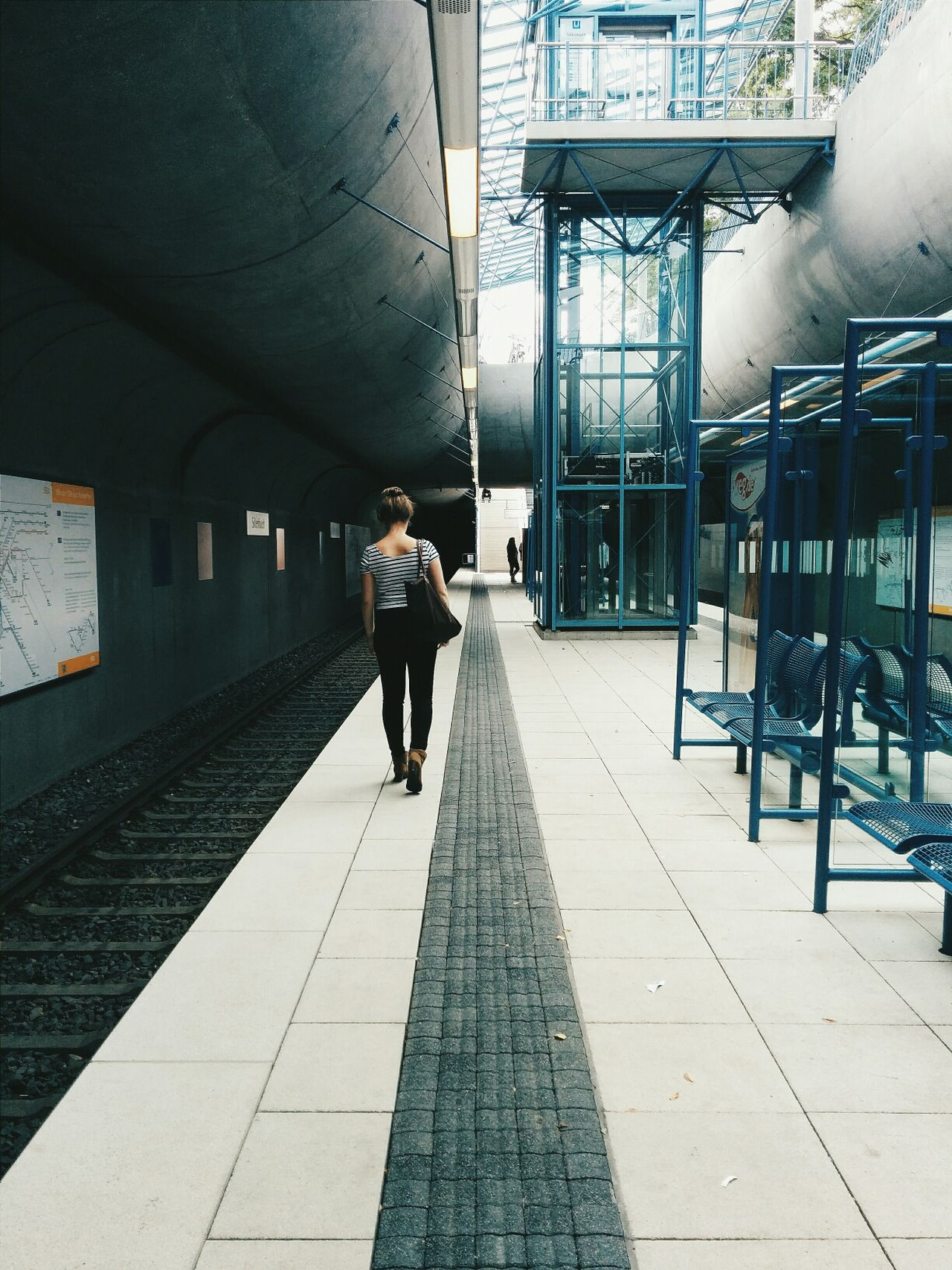 Unterwegs! The Architect - 2014 EyeEm Awards Vscocam Underground Subway