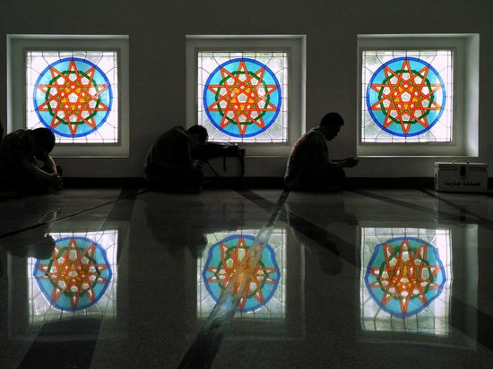 """More """"serious"""" photo of the same scene 😂😂 Religions Religious Ceremony Religion And Faith Religious Spot Islamic Architecture Moslem Prayer Praying Prayers Friday Prayer Indoors  People Real People Real Life Photography Cultures EyeEm Indonesia"""