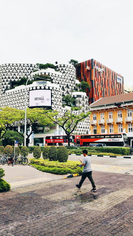 Bugis 🇸🇬 Bugisjunction BugisStreet Bugis, Singapore Bugisroad Singapore Singaporeinsiders Singapore View Singapore City Full Length Outdoors Sky Men Day Real People Adult One Person People Nature Adults Only VSCO Vscocam Vscosg Vscoartist First Eyeem Photo Embrace Urban Life