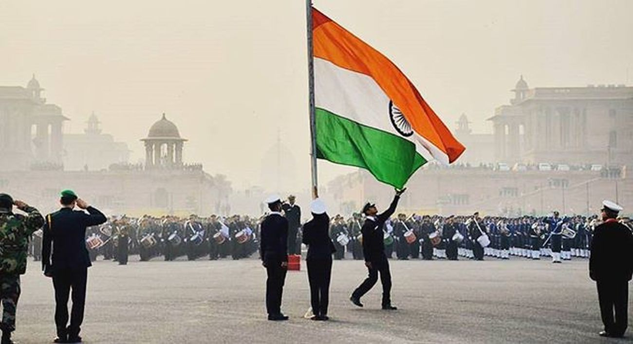 Wishing evey INDIAN a very very happy Independence day. Hope we remain united as ever. Jai Hind Pic by delhigramers via @shauryaphotography Republicday Proud Thankyouarmy Proudtobeindian Greatday JaiHind United Onlywecanunderstand Happy Oldtime Dream Instalike Instagram Forever Proudday Instagramers Delhi Rajpath Loving Likeforlike Followforfollow Follow Followme JaiHind