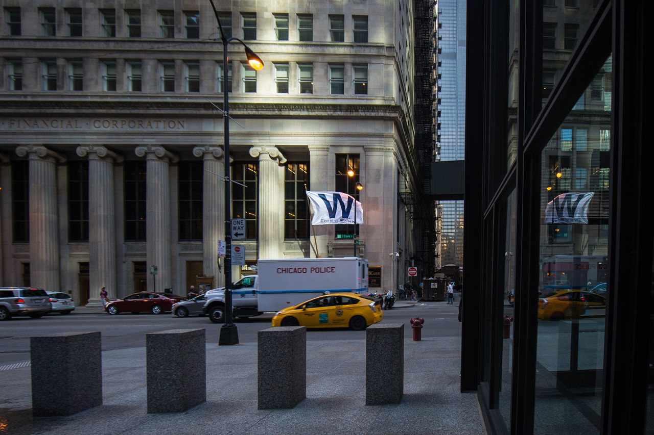Architecture Building Exterior Built Structure Chicago Chicago Cubs City Cubs  Flythew Night No People Outdoors Tourism Transportation Travel Travel Destinations World Series 2016 Yellow Taxi