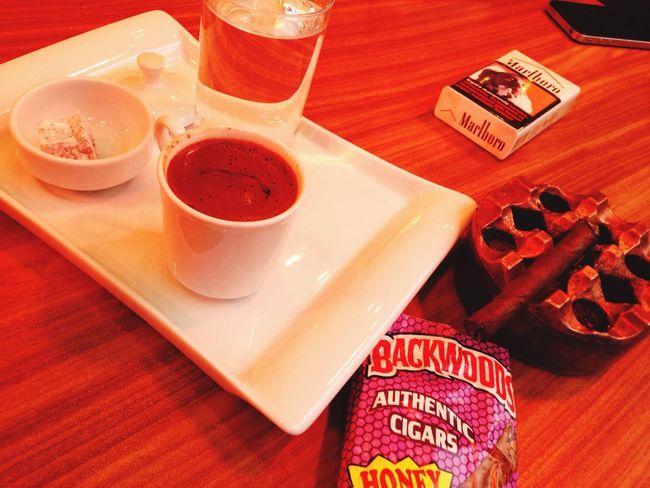 Kahve & backwoods keyfisi?✌️ Hi! Relaxing Checking In Hello World First Eyeem Photo Enjoying Life