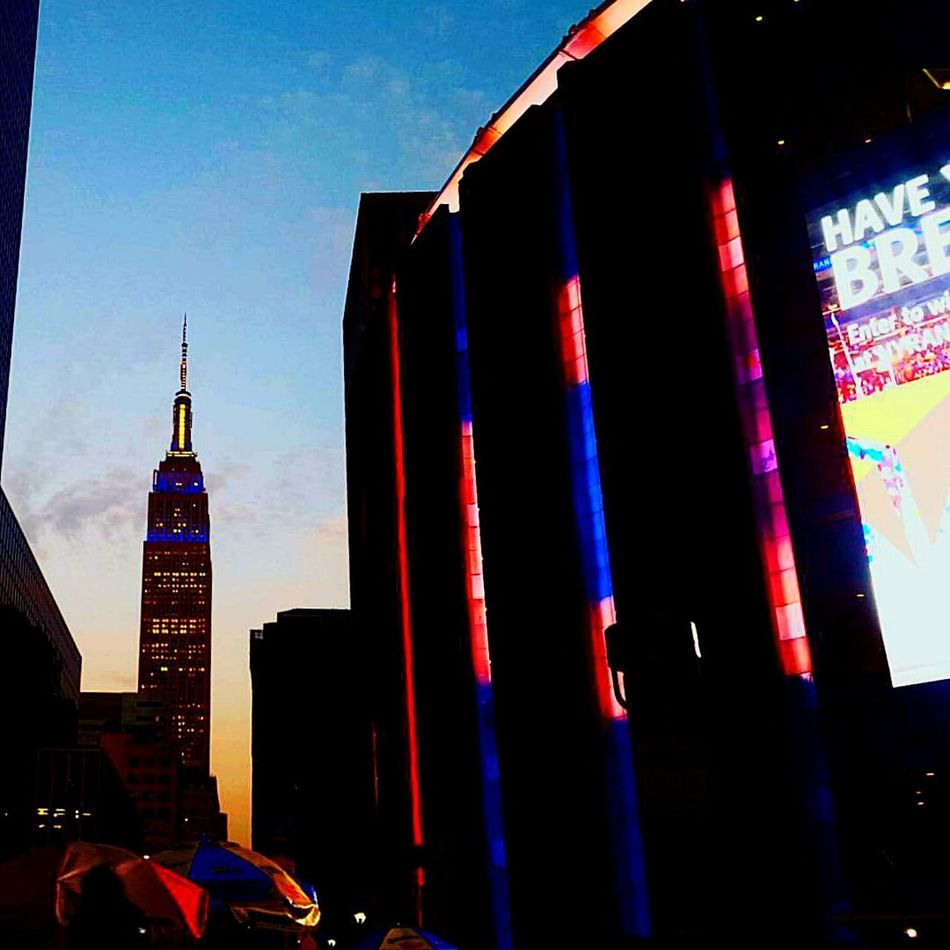 Illuminated Outdoors Cityscape Arts Culture And Entertainment NYC LIFE ♥ Midtown Manhattan Madisonsquaregarden Nyclife Skyscraper Travel Destinations Architecture City Life EyeEmNewHere First Eyeem Photo Silhouette Empire Of Lights Empiretower